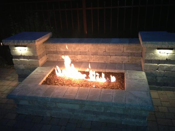 Custom Designed Outdoor Fireplaces And Fire Pits For Your Patio